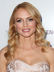 Heather Graham chose a super shiny gloss to top off her glowing beauty look.
