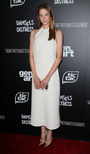 Analeigh Tipton went the minimalist route at the 'Damsels in Distress' premiere in this white ankle-length dress.