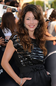 Emmanuelle showed off her long curls while hitting the premiere of 'The Twilight Saga:Eclipse'.