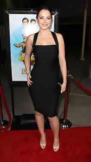 Erica Durance wore this curve-hugging bandage dress to the premiere of 'Tim & Eric's Billion Dollar Movie.'