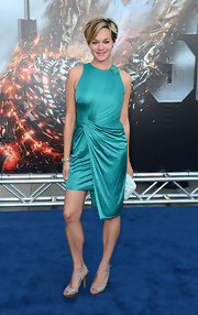 Crystal Allen oozed sophistication in an aqua draped dress with an asymmetrical hem at the premiere of 'Battleship.'