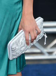 Crystal Allen complemented her dress with an embellished white zip-around clutch at the premiere of 'Battleship.'