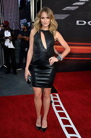 To show off her rockin' figure, Shantel VanSanten chose this black leather dress that featured a cool cutout on the bust.