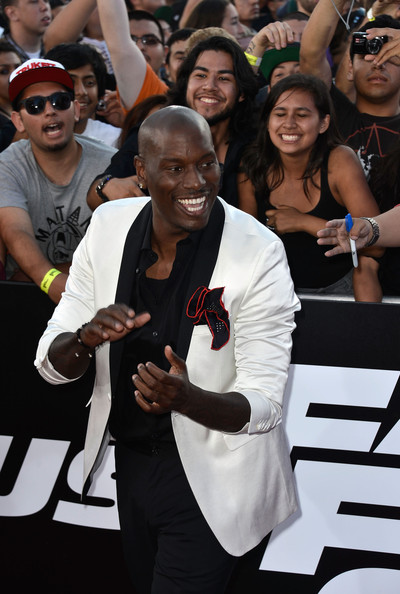 More Pics of Tyrese Gibson Men's Suit (1 of 8) - Tyrese Gibson Lookbook - StyleBistro