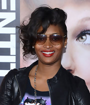 Toccara Jones looked great with her curled out asymmetrical bob.