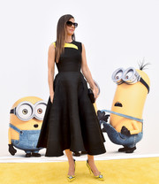 Sandra Bullock cut a comely figure in a black and yellow fit-and-flare dress by Roksanda at the premiere of 'Minions.'