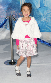 Aubrey Anderson-Emmons looked quite the little fashionista in a white fur cape during the premiere of 'Frozen.'