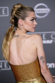 Jaime King looked oh-so-cool at the premiere of 'Rogue One' wearing this edgy French braid.