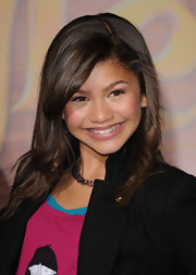 Zendaya was all smiles on the red carpet. She gave her medium locks some bounce with a slight curl at the ends.