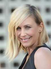 Vera Farmiga chose a sleek angled bob for her look at the premiere of 'The Conjuring.'