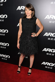Clea wore this delightful feathered LBD to the premiere of 'Argo.'
