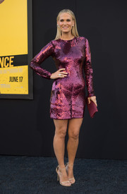 Molly Sims went all out with the shimmer in a plum-colored sequin dress during the premiere of 'Central Intelligence.'