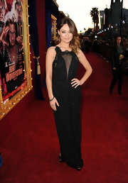 Olivia Wilde chose a sophisticated black tulle gown with embroidered sequins for her red carpet look at the premiere of 'The Incredible Burt Wonderstone.'