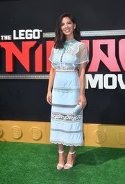 Olivia Munn matched her dress with a pair of pale blue satin sandals by Christian Louboutin.