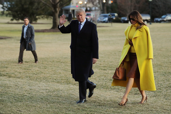 More Pics of Melania Trump Leather Gloves (3 of 10) - Leather Gloves Lookbook - StyleBistro [outerwear,walking,fun,grass,event,suit,gesture,melania trump,donald trump,president,mrs,patients,trump return to the white house,u.s.,ohio,sheffer corporation,trip]