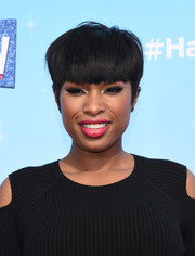 Jennifer Hudson took a risk with this bowl cut at the press junket for 'Hairspray Live!'