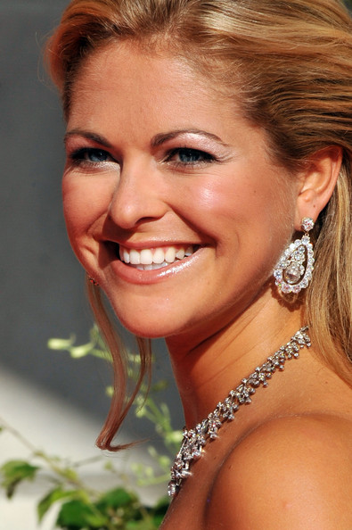 Princess Madeleine Dangling Diamond Earrings