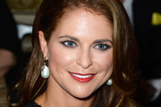Princess Madeleine Long Wavy Cut