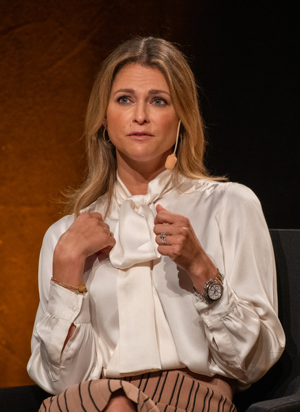 Princess Madeleine Pussybow Blouse [sitting,hand,finger,long hair,gesture,brown hair,thumb,madeleine of sweden,stella,book,secret,gothenburg book fair,launch,svenska massan,sweden,gothenburg]