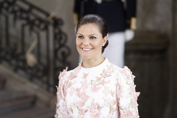 Princess Victoria Twisted Bun [hair,white,photograph,fashion,beauty,hairstyle,skin,dress,smile,textile,victoria,thanksgiving service,horse,carriage,sweden,stockholm,royal palace,celebrations,birthday celebrations,occasion]