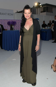 Pauley Perrette attended the 2018 Angel Awards wearing an army-green maxi dress.