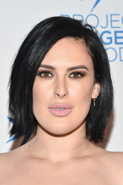 Rumer Willis wore her hair in an edgy bob at the 2016 Angel Awards.