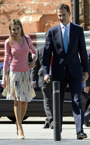 Queen Letizia of Spain Knee Length Skirt