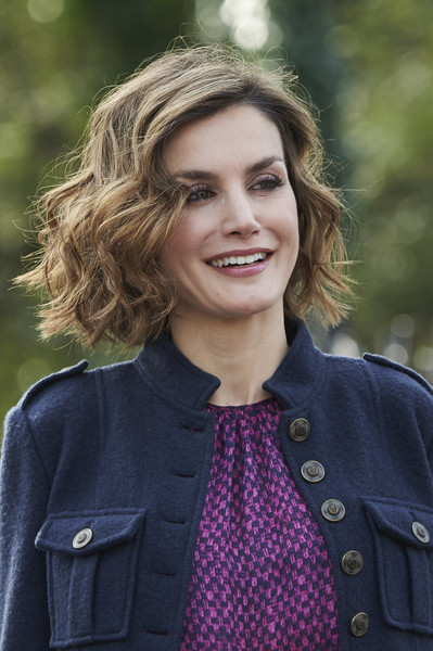 Queen Letizia of Spain Curled Out Bob [hair,face,street fashion,beauty,hairstyle,smile,fashion,lip,blond,outerwear,colombres,spanish,spain,town,village,best asturian village,royals,letizia]