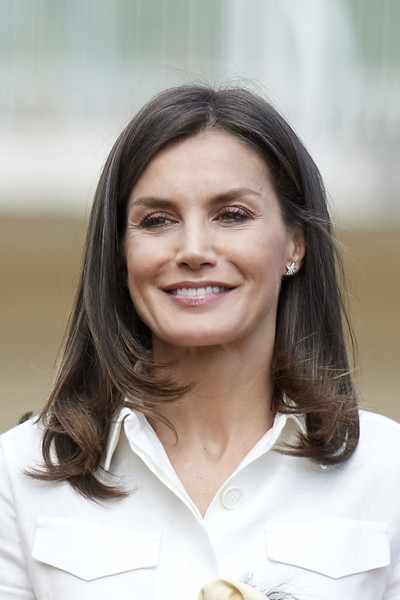 Queen Letizia of Spain Mid-Length Bob [letizia of spain attends the training of the rugby 7 female national team,hair,face,beauty,hairstyle,chin,smile,photography,black hair,long hair,white-collar worker,queen,letizia,training,spain,madrid,rugby 7 female national team]