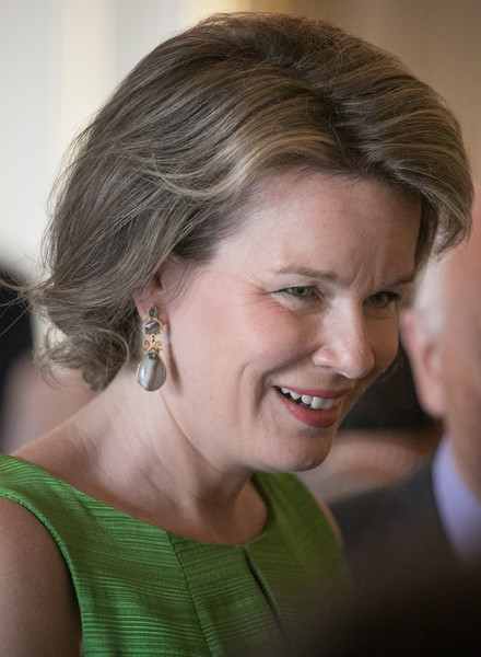 Queen Mathilde of Belgium Dangling Gemstone Earrings [hair,face,facial expression,hairstyle,chin,smile,blond,skin,head,beauty,mathilde of belgium,elisabeth competition,philippe of belgium,guests,offer,belgium,brussels,lunch,lunch]