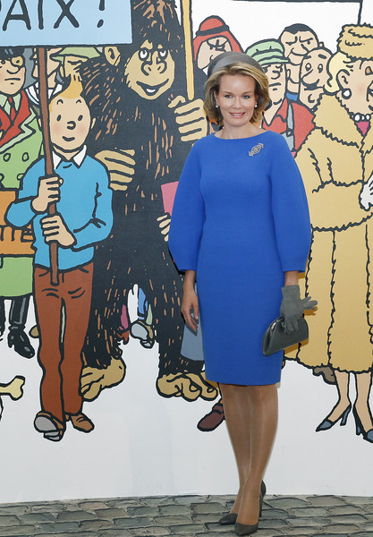 Queen Mathilde of Belgium Cocktail Dress [mathilde of belgium visits the herge exhibition at le grand palais,tintin,mural,photos,people,cartoon,illustration,fashion,art,dress,style,mathilde of belgium,queen,comic characters,front,paris,exhibition]