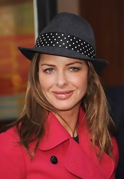 Trinny Woodall's polka-dot fedora was a fun way to top off her ensemble at the RED and Starbucks partnership launch.