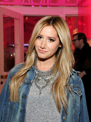 Ashley Tisdale went boho with this subtly wavy, center-parted 'do at the Revolve Pop-Up launch.