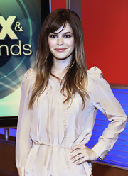 Rachel Bilson visited the Fox & Friends studio with her hair styled in a straight hairstyle and wispy bangs.