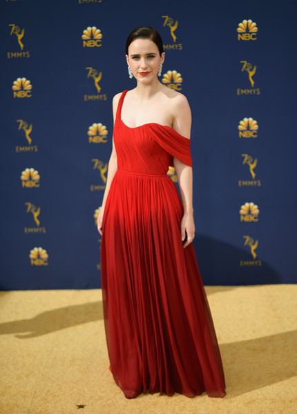 Rachel Brosnahan Off-the-Shoulder Dress [dress,gown,flooring,carpet,shoulder,fashion model,joint,cocktail dress,fashion,formal wear,arrivals,rachel brosnahanattends,emmy awards,70th emmy awards,microsoft theater,los angeles,california]