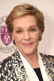 Julie Andrews attended the 'Raise Your Voice' concert wearing a textured short 'do.