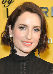 Zoe Lister Jones looked lovely with her short wavy 'do at the Sisterhood of Leaders panel discussion.