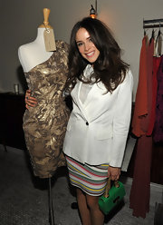 Abigail Spencer looked surprisingly summery at the RealRea / Chrysalis Charity Benefity in a white linen blazer.