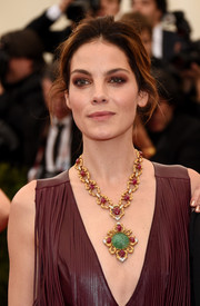 Michelle Monaghan accessorized with a magnificent gemstone statement necklace at the Met Gala.