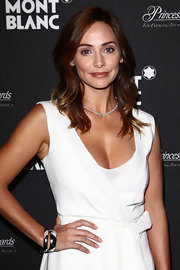Natalie Imbruglia was all about simple elegance with her white dress and diamond tennis necklace at the Collection Princesse Grace de Monaco presentation.
