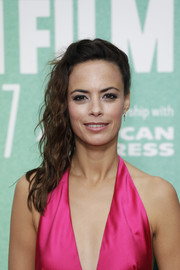 Berenice Bejo sported edgy side-swept waves at the BFI London Film Festival premiere of 'Redoubtable.'