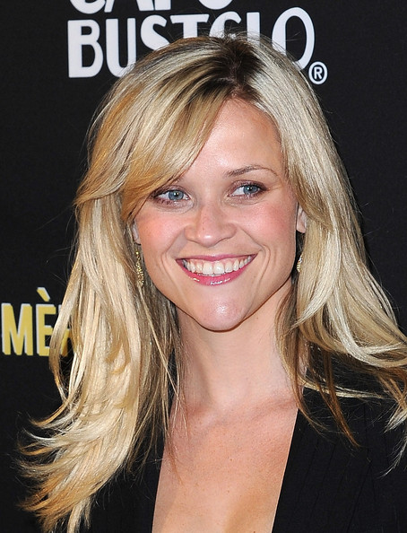 "Actress Reese Witherspoon arrives at The Livestrong Foundation's ""Art Mere"