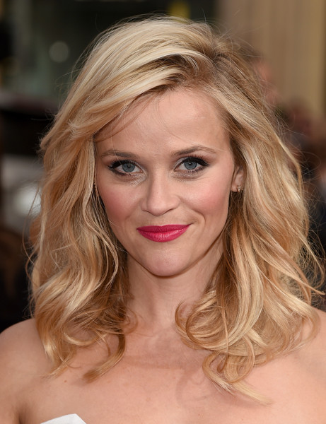 Reese Witherspoon Pink Lipstick [red carpet,hair,blond,eyebrow,human hair color,hairstyle,beauty,chin,layered hair,long hair,lip,reese witherspoon,actress,metro-goldwyn-mayer,hot pursuit,tcl chinese theatre,california,new line cinema,premiere,premiere]
