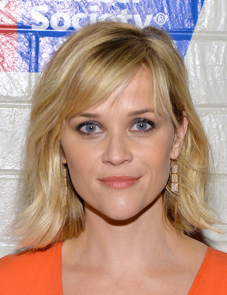 Medium length haircuts with side swept bangs shoulder haircut - Reese Witherspoon Sported Subtle Waves With Side Swept Bangs When She Attended The Hollywood Stands