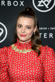 Gillian Jacobs kept it youthful with this half-up hairstyle at the Shatterbox celebration.