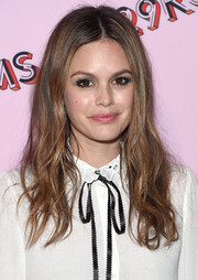 Rachel Bilson attended the 29Rooms: Turn It Into Art event wearing a center-parted style with wavy ends.