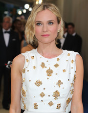 Diane Kruger swiped on some pink lipstick for a sweet beauty look.