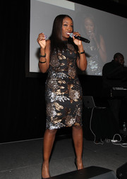 Estelle performed at the Resolution Project's Resolve Gala looking all sparkly in her sequined dress.