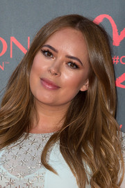Tanya Burr sported a feathery, center-parted 'do at the Revlon Choose Love Masquerade Ball.