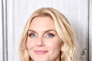 Rhea Seehorn Medium Wavy Cut